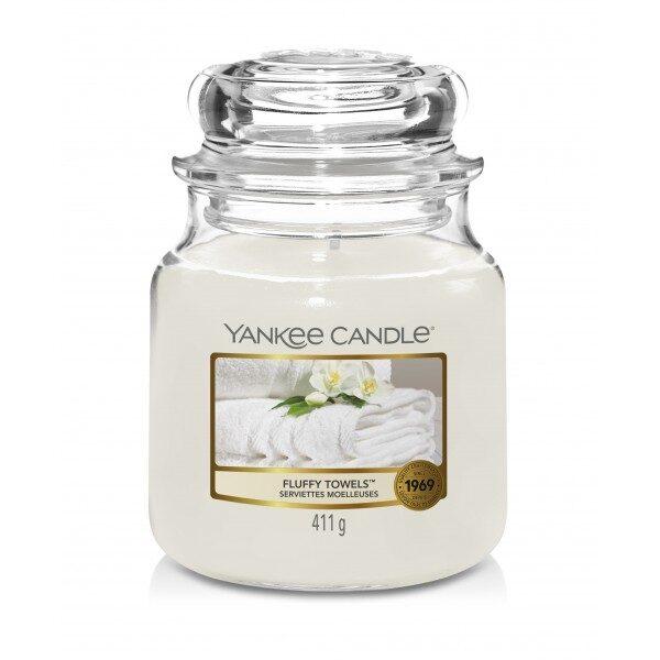 Yankee Candle Fluffy Towels świeca średnia