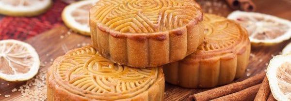 Kringle Candle Apple Cider Donut świeca zapachowa (623g)